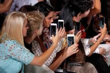 Using Phones While Shopping Raises Chances of Overspending, Claims Research