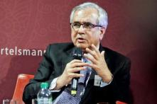 Niti Aayog Chief Says Don't Believe in Strong Rupee, Only a Constituency Benefits From It
