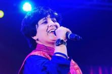 Falguni Pathak Would Love to Work with Shah Rukh Khan