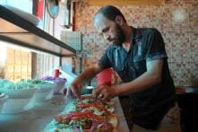 Refugees from Damascus Recreate the Food from Their Hometowns in Other Parts of Syria