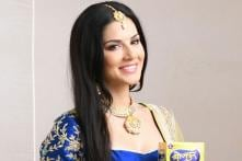 Watch Sunny Leone Move into New Mumbai Home with Husband on Ganesh Chaturthi