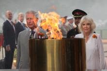 Prince Charles in India: Pays Homage at India Gate