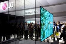 CES 2018: LG Presents OLED TV With a Screen That Rolls up Into Its Base