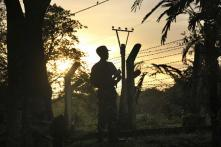 Amid Clashes Between Military & Insurgents, US Calls for End to Internet Shutdown in Myanmar States