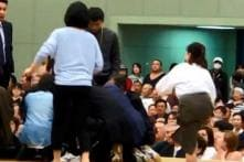 Women Trying to Resuscitate Mayor Ordered Out of Sumo Ring, Branded 'Unclean'