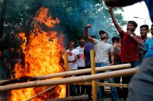 Students Clash With Cops Over Government Job Quotas