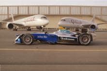 Formula E Racecar vs Qatar Airways' Airbus A350 vs Boeing 787 Dreamliner [Video] – Guess Who Wins?