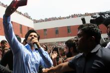 Varun Dhawan Promotes 'October' at Lakshmi Bai College in Delhi
