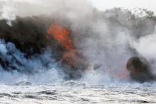 Horrifying Pictures of Hawaii Lava Entering Pacific Ocean