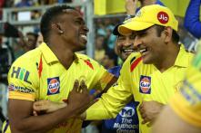 After IPL Final, MS Dhoni Takes On Dwayne Bravo in Three-run Dash