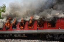 Fire Breaks Out in Goods Train Wagon in Maharashtra, 10 Long-Distance Trains Halted