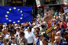 Thousands Join London March to Demand Second Brexit Vote