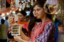 PHOTOS| People Go Shopping Ahead of Eid al-Fitr