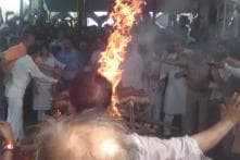 Bhaiyyu Maharaj's Funeral: Daughter Performs Last Rites