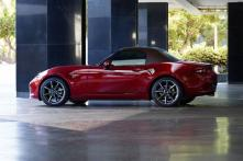 Refreshed 2019 Mazda MX-5 Miata