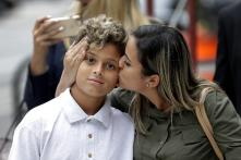Brazilian Migrant Who Sued Trump Govt Reunited With 10-Year-Old Son in Chicago