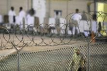 Indian Detainees in US Not Handcuffed, Says Volunteer