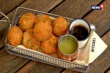 Monsoon Cravings Give A Treat to Your Taste Buds With Paani Poori Pakodas