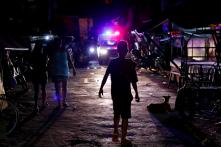 Thousands of Philippine Poor Nabbed in Duterte's Latest War—on Loitering