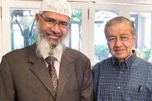 Will Not Easily Give in to India's Demand to Deport Zakir Naik: Malaysian PM