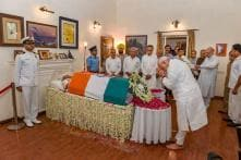 Modi Pays Last Respects to Atal Bihari Vajpayee at His Residence, Says Lost a Father Figure| Live Updates