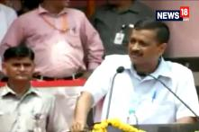 Watch: Arvind Kejriwal Sings 'Hum Honge Kaamyaab' On Independence Day