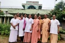 Helping Villagers Overcome Superstition, This Chhattisgarh Orphanage-Turned-Hospital Cures 250 Snakebite Patients Every Year