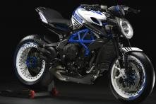 MV Agusta Dragster 800 RR Pirelli Special Edition Looks Like a Street Fighter