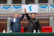 Kim Jong Un, Moon Jae-in Take Historic Trip for Mountain Show of Unity