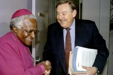 South Africa's Apartheid-era Foreign Minister Pik Botha Dies, Aged 86