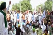 Farmers Stage Protest Against State Govt
