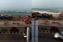 WATCH: Man Warns People About Approaching Tsunami Waves in Indonesia, Witnesses Disaster