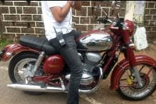 Upcoming Jawa Motorcycle Spied Completely Undisguised in India, To Rival Royal Enfield 350