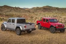 2020 Jeep Gladiator Pickup Truck - Detailed Image Gallery