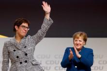 'Thank You Boss!' Germany's Conservatives Say Fond Goodbye to Merkel