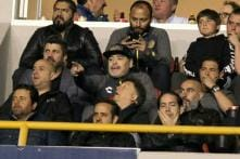 Furious Maradona Hurls Insults at Rival Fans