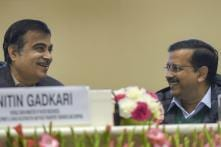 Nitin Gadkari Comes to Kejriwal's Rescue as Miscreants Heckle Delhi Chief Minister