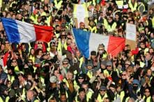 Thousands of French 'Yellow Vests' Protest for Fifth Saturday Despite Calls to Hold on in View of Strasbourg Gun Attack