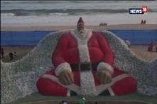 World Renowned Sand Artist Sudarsan Patnaik's Sand Santa Appeals to Beat Plastic Pollution