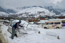 One-Way Traffic With Vehicles Moving From Kashmir Allowed on Jammu-Srinagar Highway