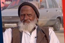Kumbh Chronicles | Meet 'Mullah Ji' Who Lights Up The Mela For Sadhus