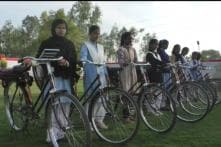 This Village in Uttar Pradesh Has a 'Cycle Bank' to Help Girls Reach School on Time