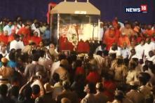 Devotees Pay Last Respects To Shivakumara Swami In Tumakaru