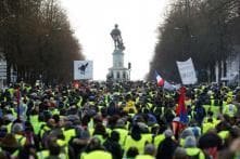 Tear Gas, Hate Speech Marks 14th Yellow Vest Protest