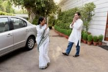Why Rahul Gandhi Supports Mamata Banerjee's Dharna, But His Party Can't