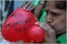 This Valentine's Day, 10,000 Students in Gujarat Will be Pledging to Not Marry Without Parents' Consent