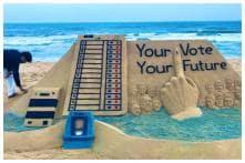 Artist Sudarsan Pattnaik's Newest Sand Sculpture Urges People to Vote