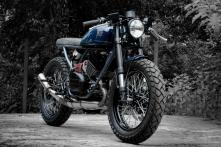 Yamaha RD350 from 1980s Modified as a Modern Cafe Racer, Looks Droolworthy