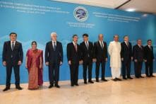 Sushma Swaraj, Shah Mahmood Qureshi Sit Next to Each Other at SCO Meet Amid Strained Indo-Pak Ties