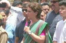 'Stays in Amethi for Just 4 Hours': Priyanka Gandhi Hits Back at Smriti Irani While Campaigning for Rahul